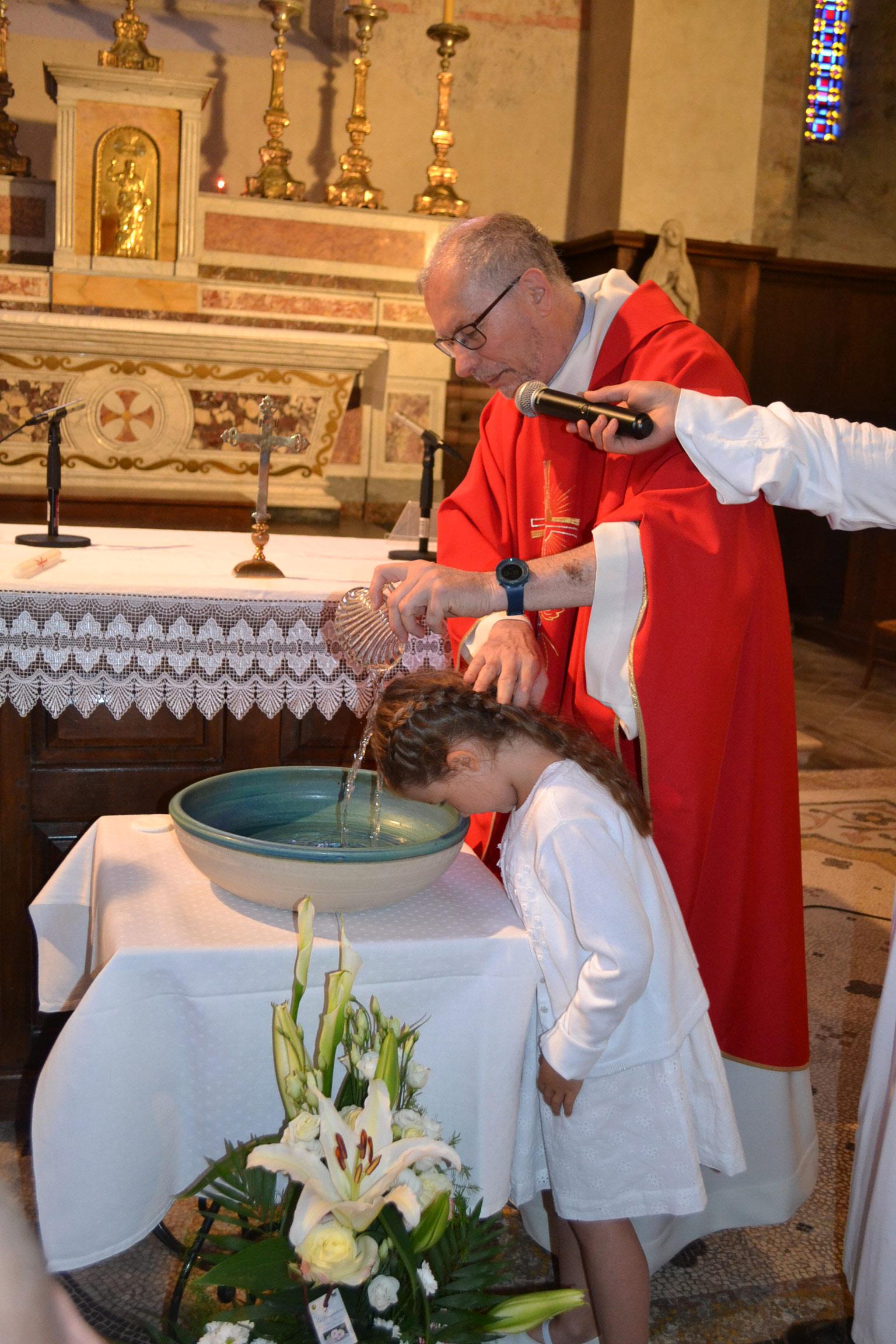 Baptême d'enfant à crémieu