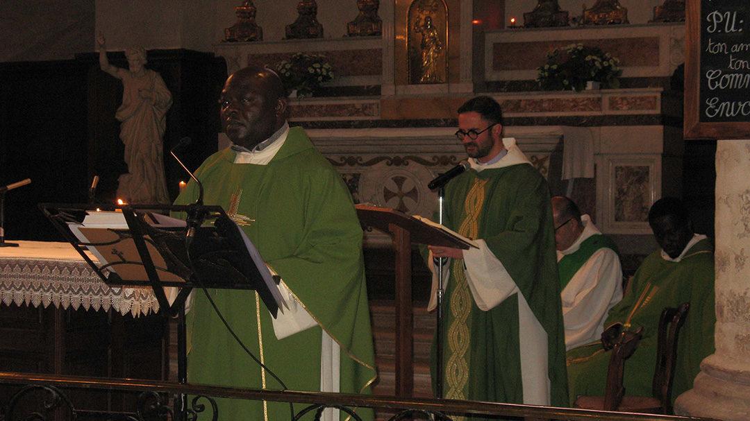 Intronisation du Père Simon